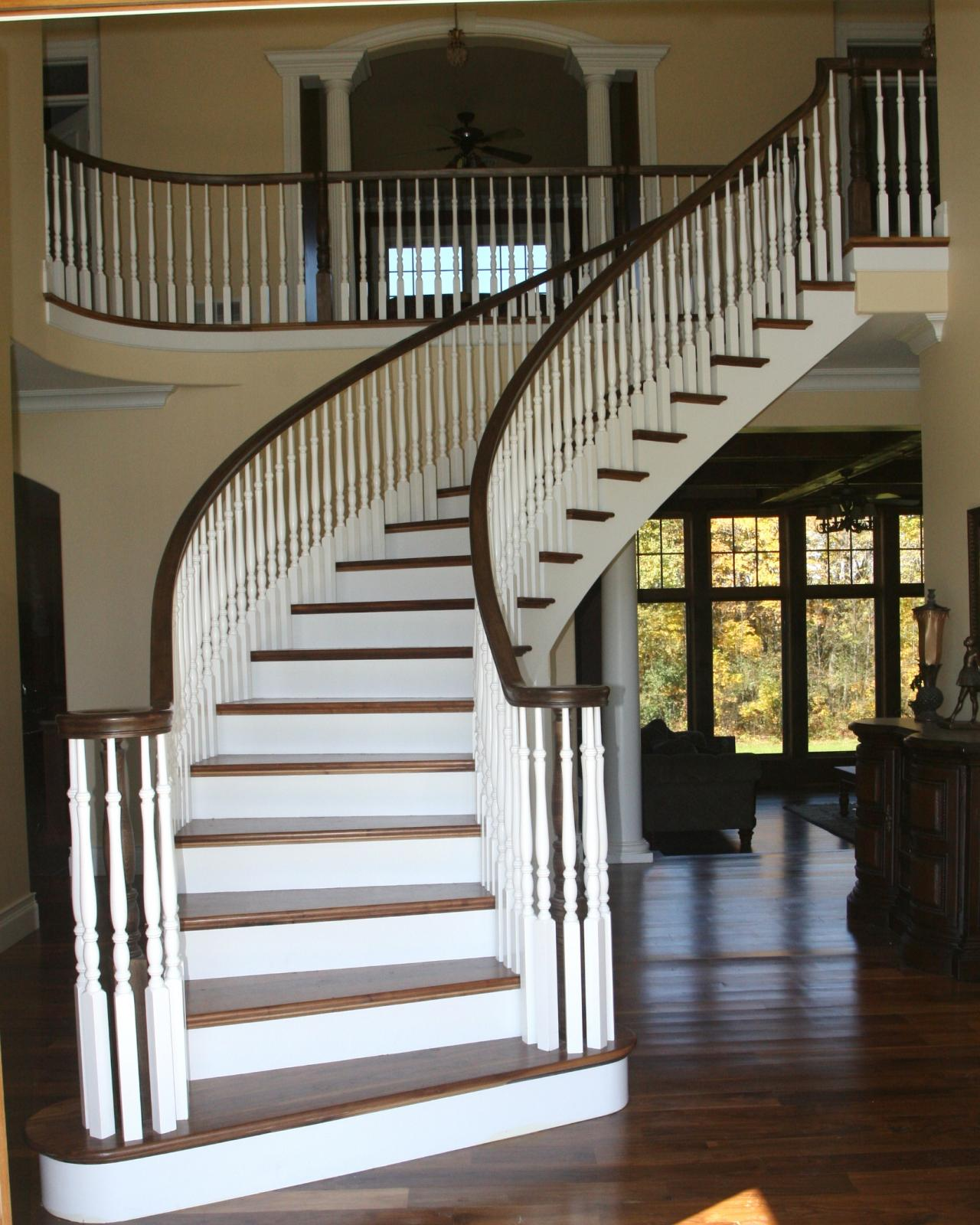 Curved Stairs. Choose Any Photo And Start A Slide Show