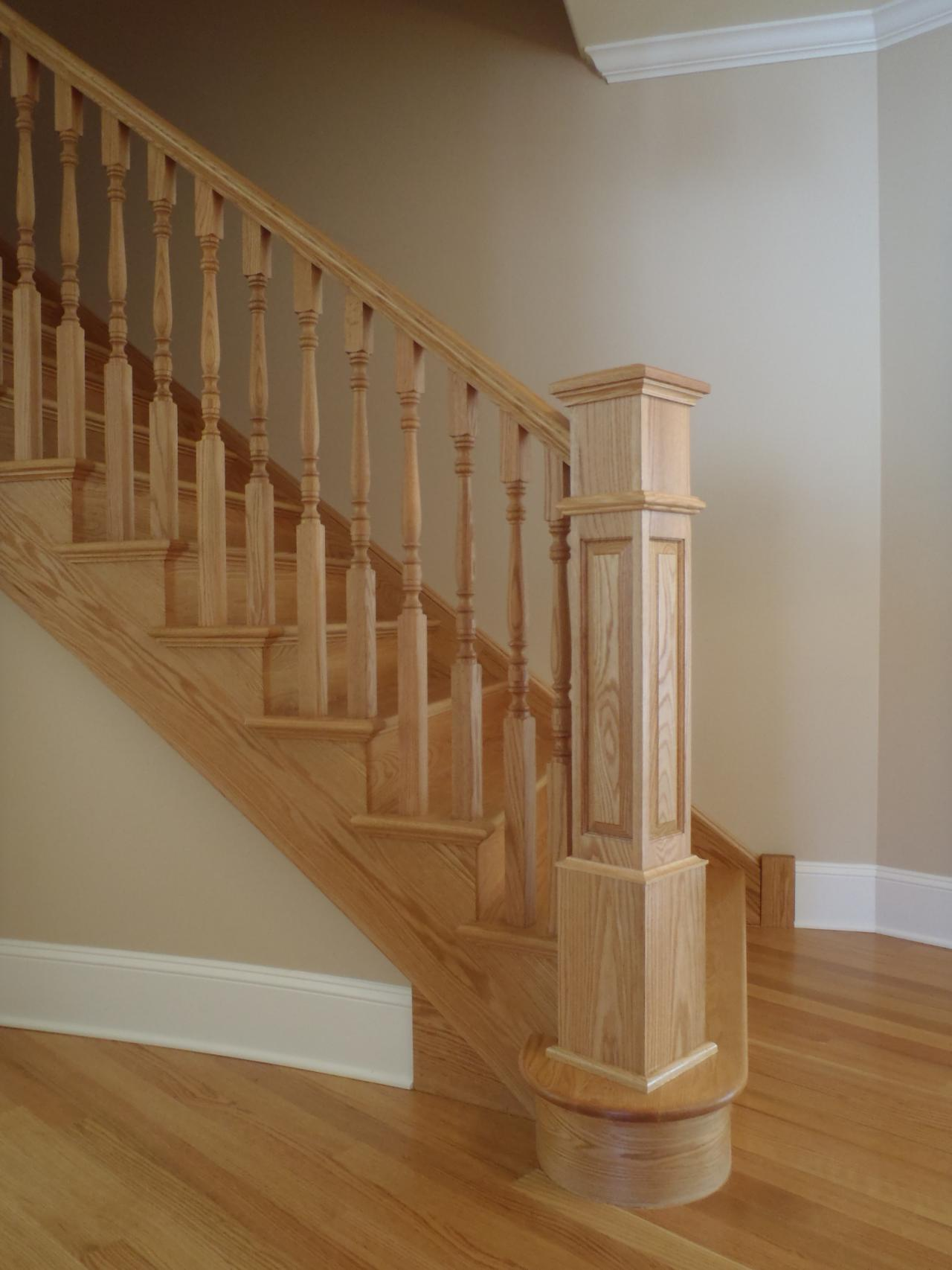 Curved Staircase Deluxe Home Design
